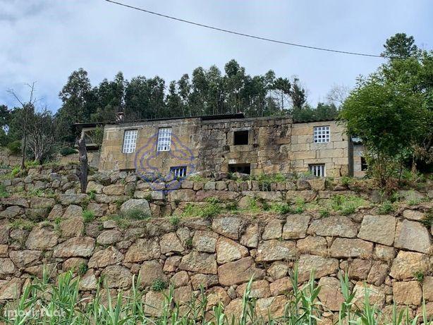 Retiro no Vale do Rio Douro
