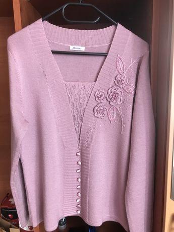 Sweterek M róż nude koraliki