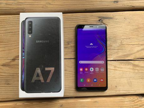 Samsung Galaxy A7 2018 4/64GB Black