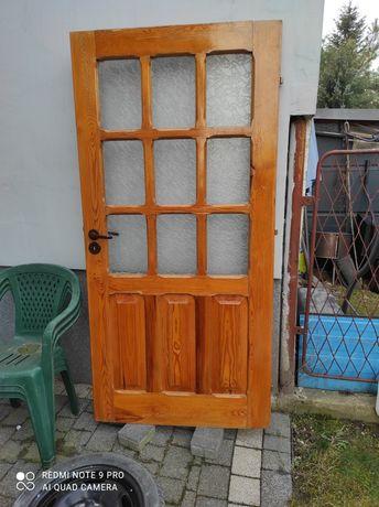 Drzwi wewnętrzne, robione na zamówienie.