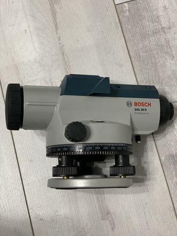 Оптический нивелир Bosch GOL 20 D в кейсе