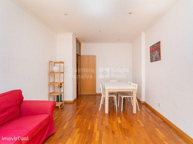 Apartamento T2 para arrendamento no Pinheiro Manso, Boavi...