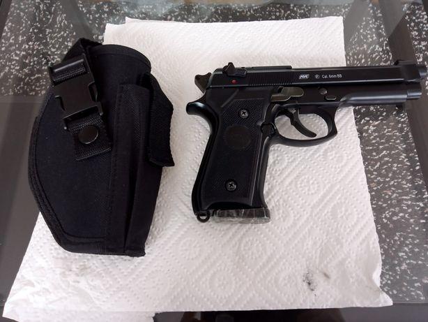 Replika broni Beretta M9