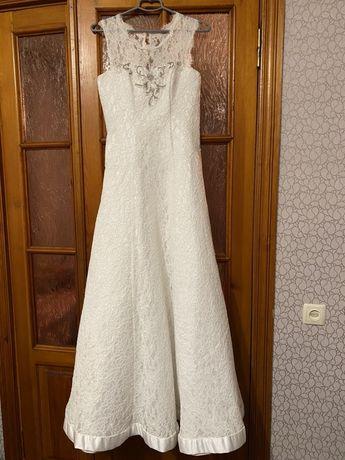 Весільні плаття ,плаття