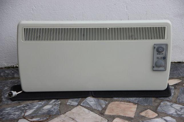 Radiador de Parede Marca Alto Eléctrico - como novo - 2000 watts