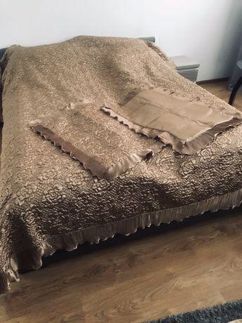 Narzuta i 2 poszewki na poduszki