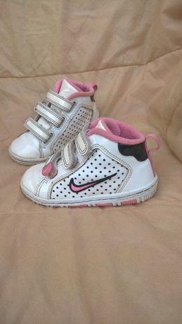 13-15 см, кроссовки оригинал Nike milestones лакированные, Найк кеды