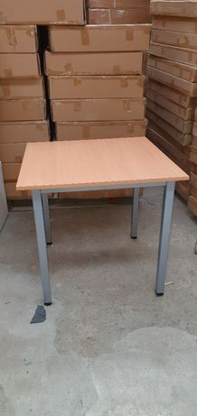 Stół 80x80 nowy solidny
