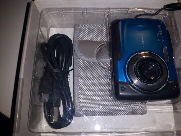 Aparat fotograficzny cyfrowy pod wodę na basen itp.