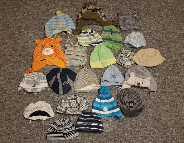 Duża ilość czapeczek różne rozmiary