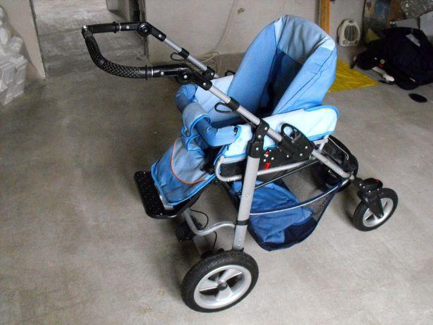 Wózek dziecięcy wielofunkcyjny, od 0-3 lat.