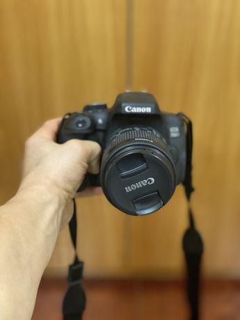Canon 750D + Lente 18-55