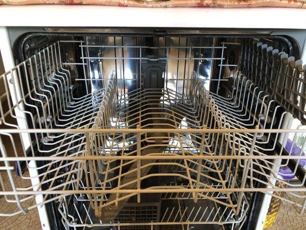 Посудомоечная машина BEKO DFN 1535