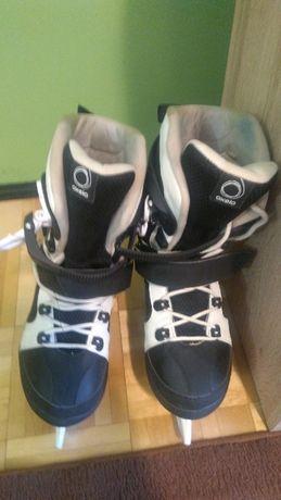 Sprzedam łyżwy hokejowe 42 rozmiar