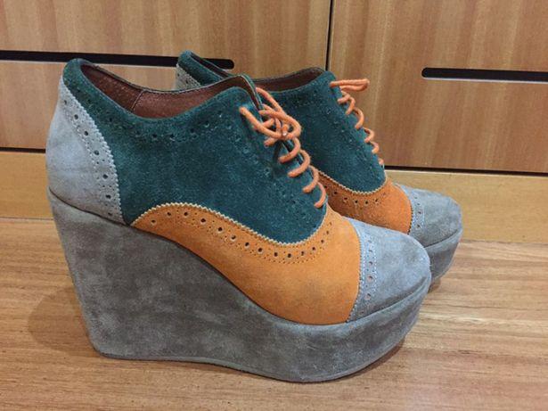 Sapatos Eureka NOVOS