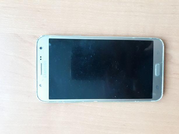 Продам Смартфон Samsung Galaxy J7 2016 год выпуска