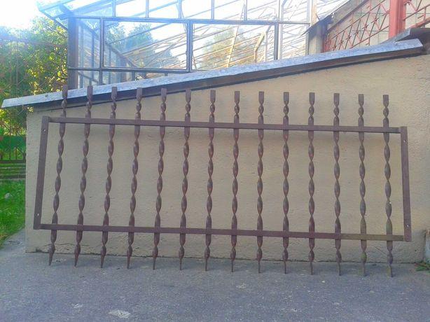 solidne 2,5 cm , ozdobne, metalowe kraty 164 x 81 cm