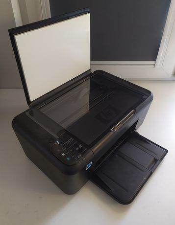 Sprawna drukarka kolorowa HP ze skanerem