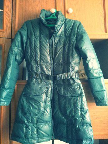 Пуховик пальто House Mango Zara Uniqlo COS Bershka травяного цвета
