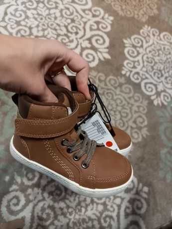 Черевики,  кеди, ботинки 24 H&M, Reserved, Carters