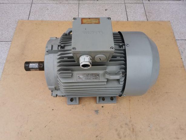 Silnik elektryczny Siemens 5 kw/ 1455 obr/min, 3 fazowy