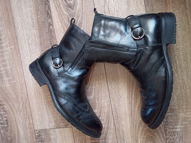 Броги Ботинки Чоботи Черевики