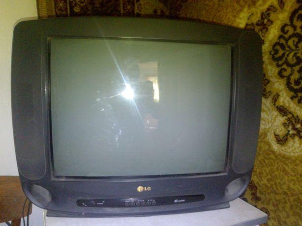 Телевизор цветной LG б/у
