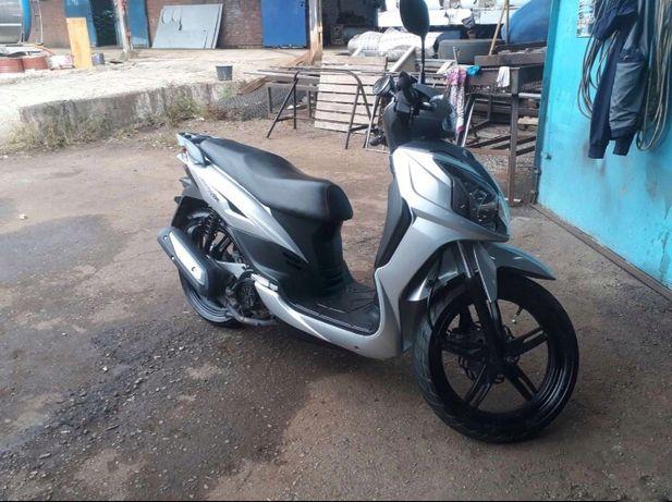 Продам скутер 125 стан ідеал