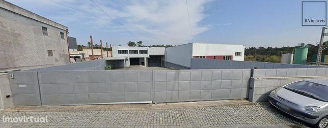 Armazem Zona Industrial Antas e Neiva 1000 m2 uteis e 1580 m2 abc