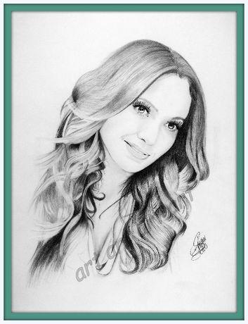 Portret JLO wykonany w ołówku oryginał