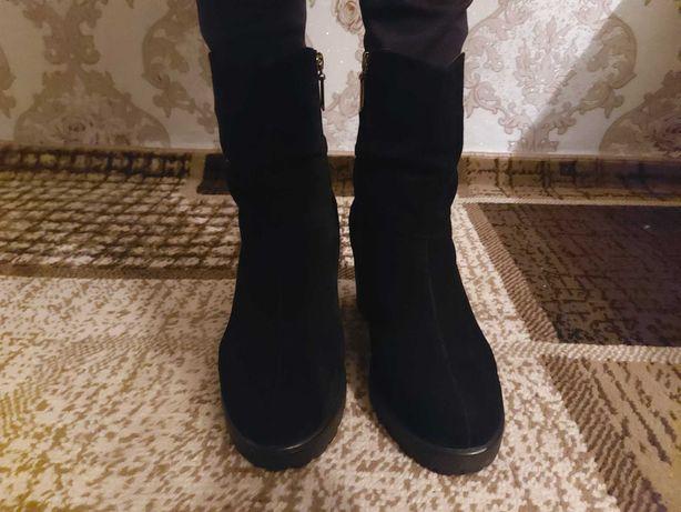 Продам сапожки жіночі зимові