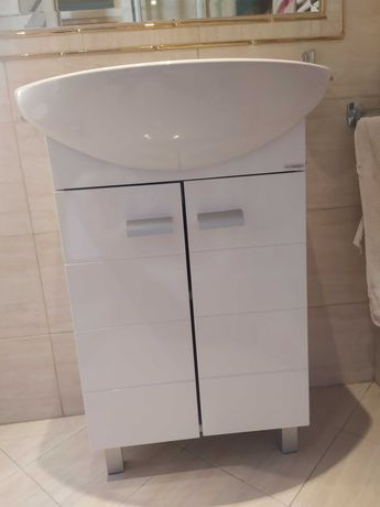 Umywalka ceresanit z szafką