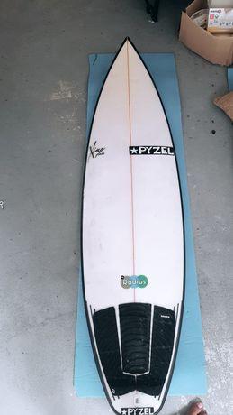 Prancha de Surf - Pyzel 5.11 27.60 L