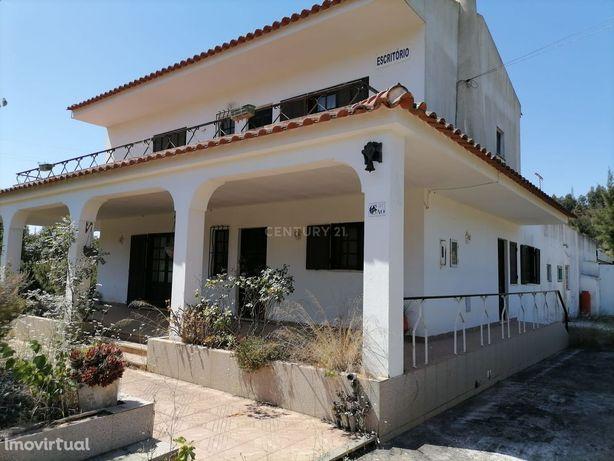 Quinta com 1,125 Ha para venda no Porto de Lagos, no concelho de Porti