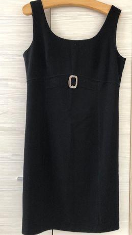 Czarna, prosta sukienka rozmiar 42