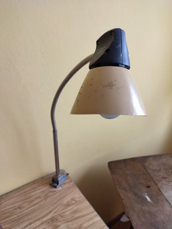Lampa biurkowa używana