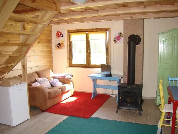 Wiosna z dala od miasta - wolny domek na wsi na Mazurach