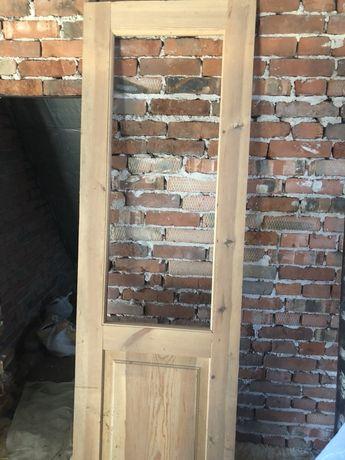 Двері дерев'яні нові продам не дорого