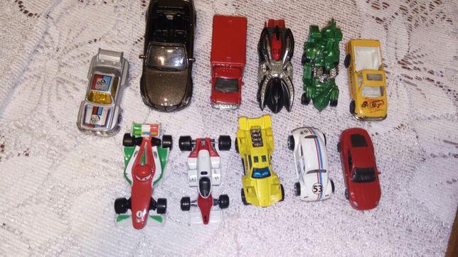 Samochodziki metalowe