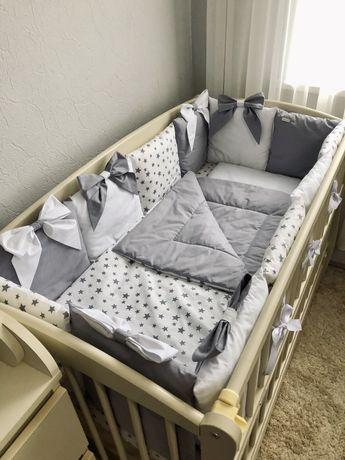 Бортики в кроватку и постельное