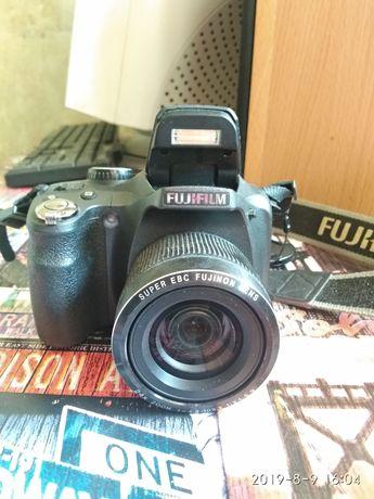 Срочно Fujifilm FinePix SL 240
