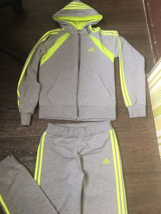 Спортивный костюм adidas Киев - изображение 1