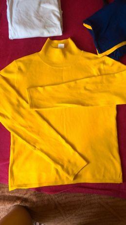 Желтый гольфик кофта