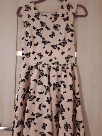 Sukienka - L tłoczone motyle