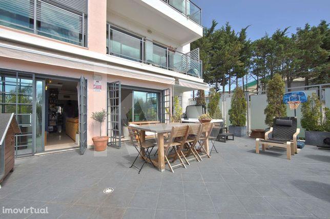 Apartamento T3 |Terraço | Garagem | Oeiras