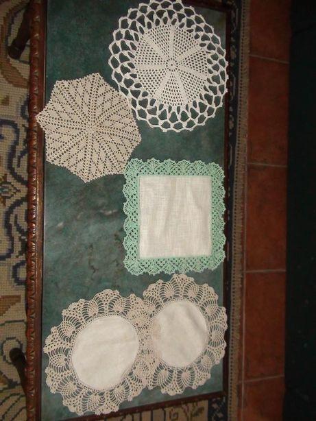 Toalhas e Naperons em crochet diversos