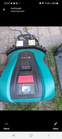 Robot bosch innego Conect 350 do cięcia trawy