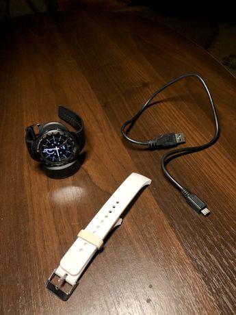 Смарт Часы Samsung Gear S2  SM-R730T с белым ремешком в подарок!
