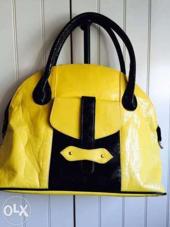 żółta torebka torba łódka