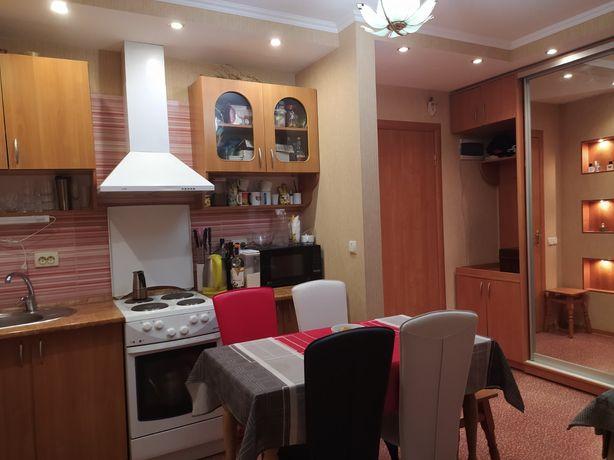 Продам 2 ком квартиру по ул Красовского 8б